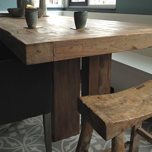 Klein vierkant houten tafeltje met 1 lade, mooi donkergroen patine ...