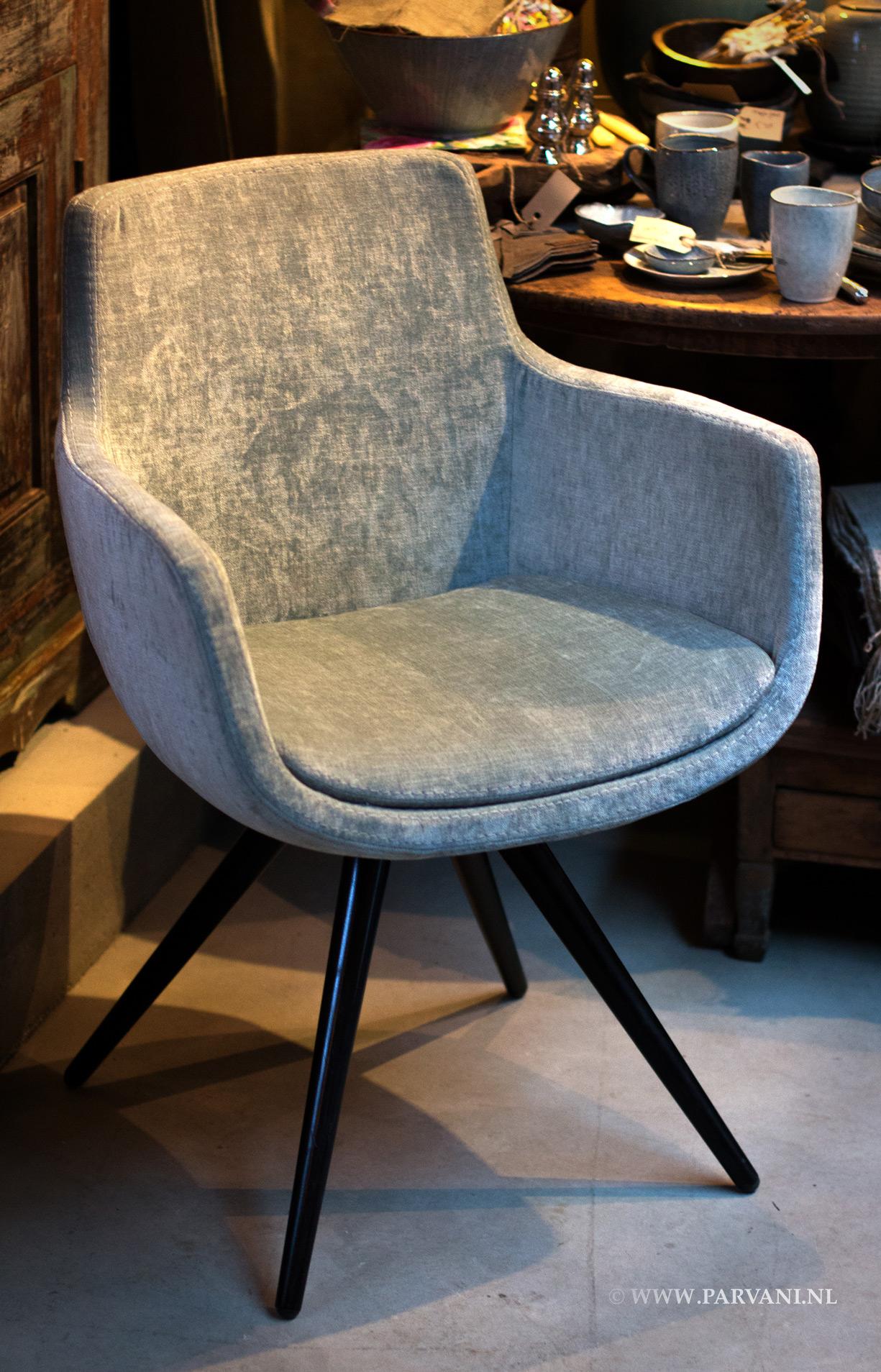 Parvani stoelen banken for Kuipstoel fauteuil