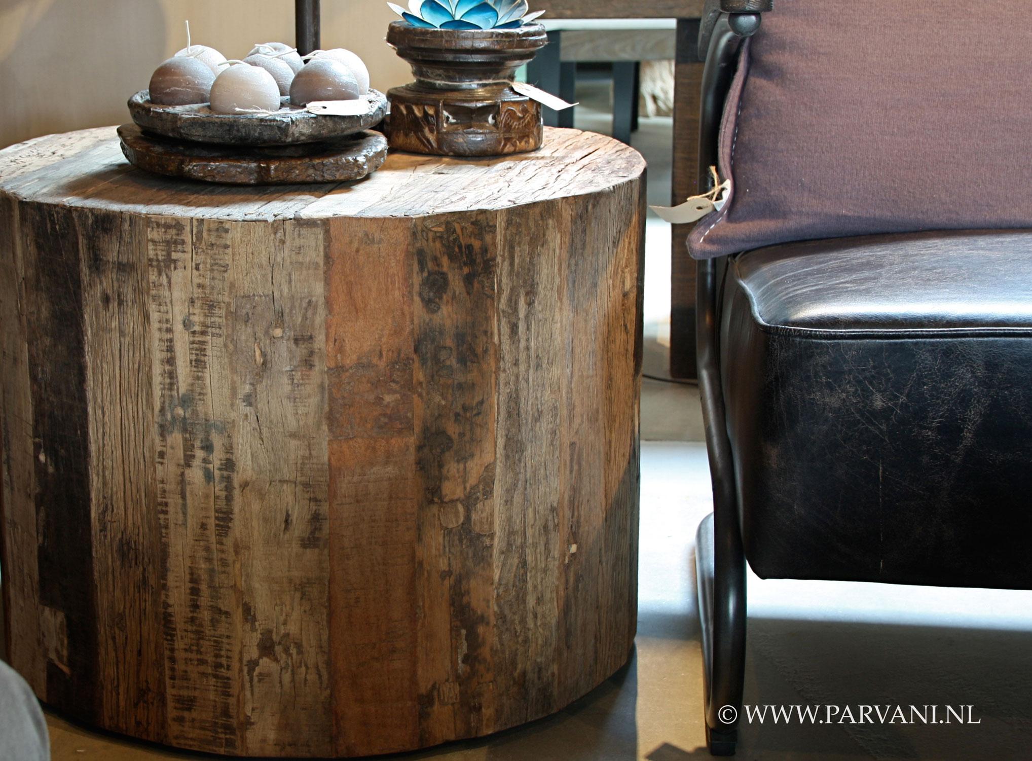 Parvani : Oud-houten-bijzettafel-salontafel-rond